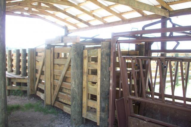 Custom Fence Builders Cattle Pens Entrance Gates Cattle